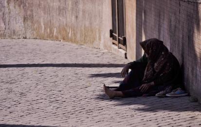 Nie bądź obojętny! Pomóż bezdomnym
