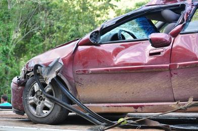 FAKT: Nadmierna prędkość to główna przyczyna tragedii na drodze