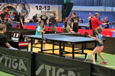 Sukcesy mieszkanek Mysłowic - Turniej tenisa stołowego Pingla Cup skrzatów i żaków